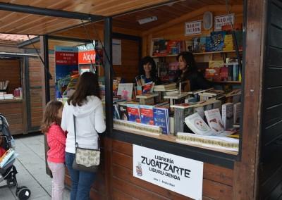 libreria-zugatzarte-feria-getxo